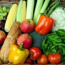Alimentacion saludable con fruta y verdura ecológica